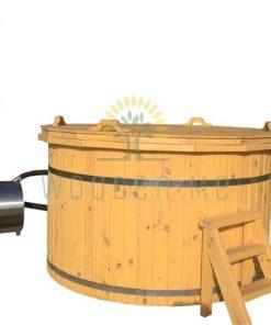 Pine wood hot tub