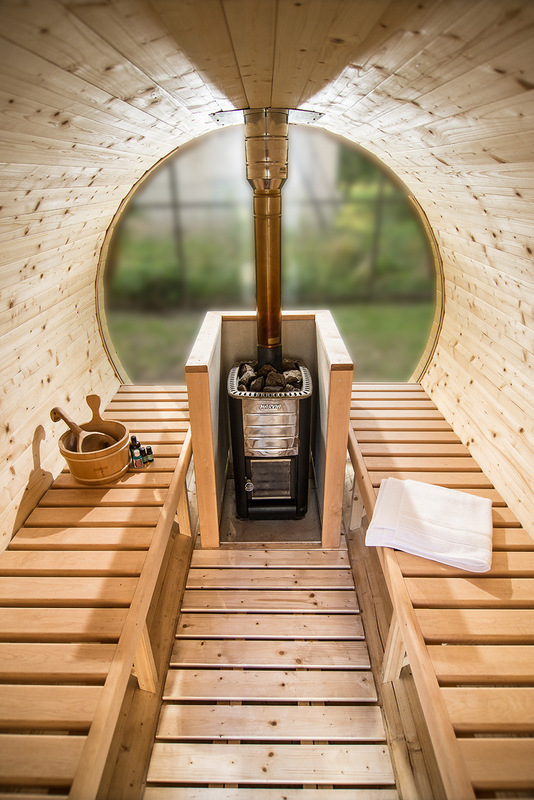 Sauna-barrel-3-m-Length-Inside-with-full-glass-back-wall