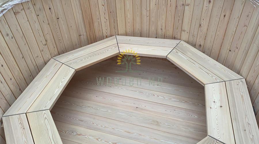 Larch wood hot tub - inside natural